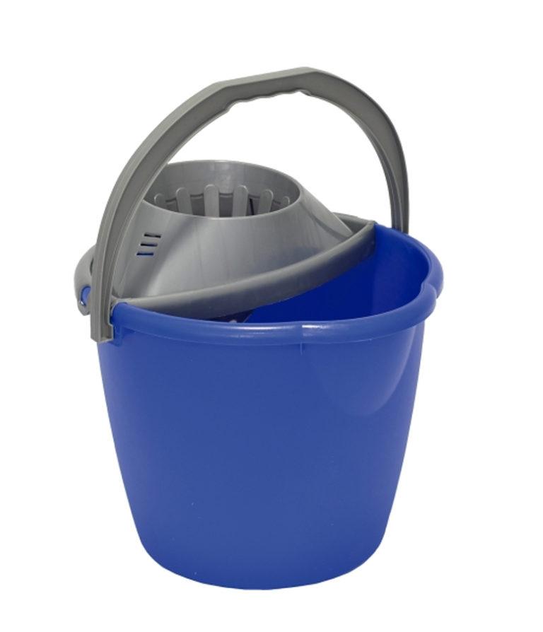 secchio con strizzatore blu