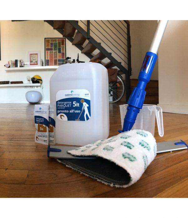 Kit Spray Mop + 10 litri Detergente Parquet