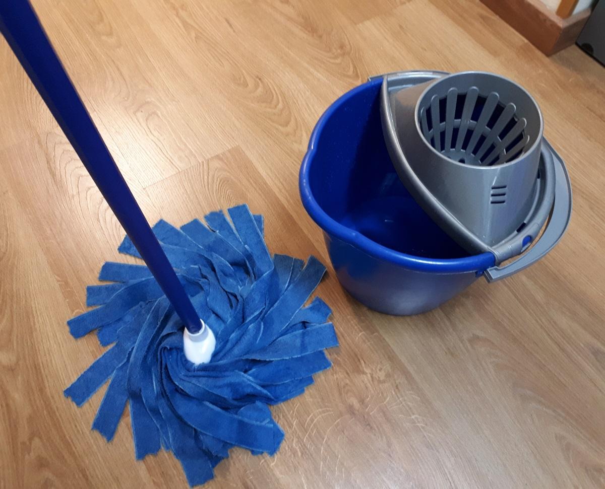 Mocio Professionale: quale scegliere per la pulizia dei pavimenti?