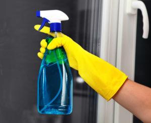 pulire vetri senza aloni