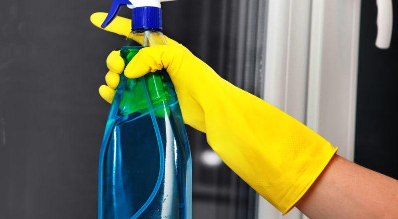 Eudorex Vetri: come pulire i vetri senza aloni