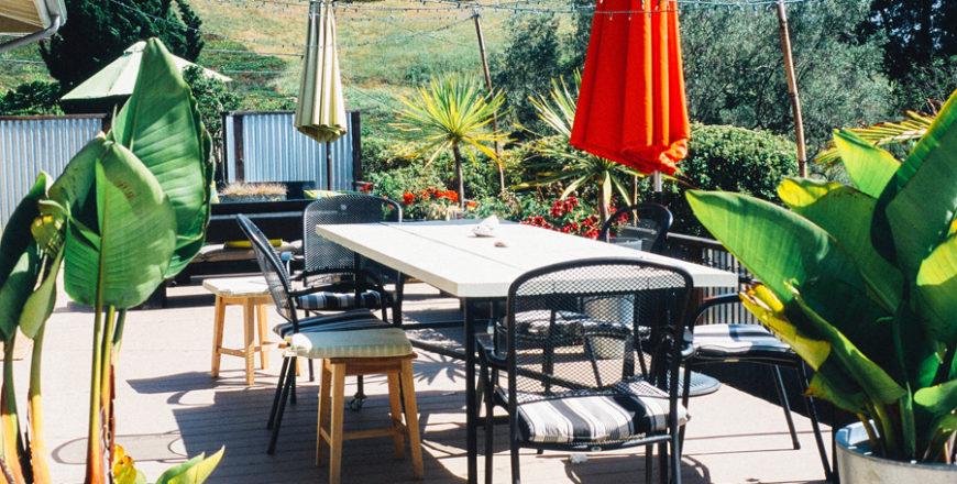Come pulire il terrazzo: i piccoli trucchi che non conoscevi