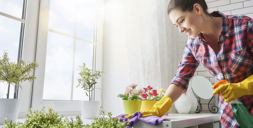 Tabella di marcia pulizie estive: come organizzare le pulizie domestiche durante l'estate