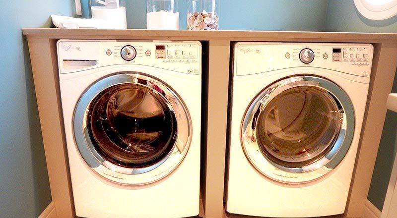 Come pulire la lavatrice che puzza eliminando cattivi odori