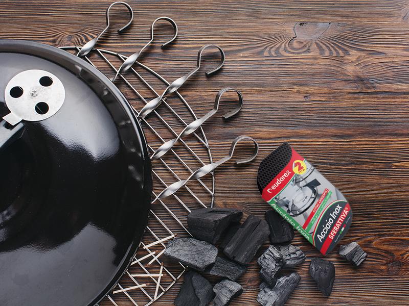 Come pulire il barbecue