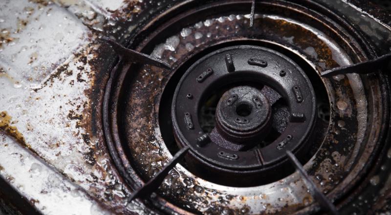 Come pulire le griglie incrostate della cucina